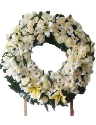 Angel love wreath