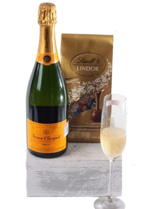 Champagne Veuve Clicquot y...