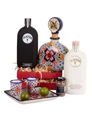 Mezcal y Tequila con Talavera